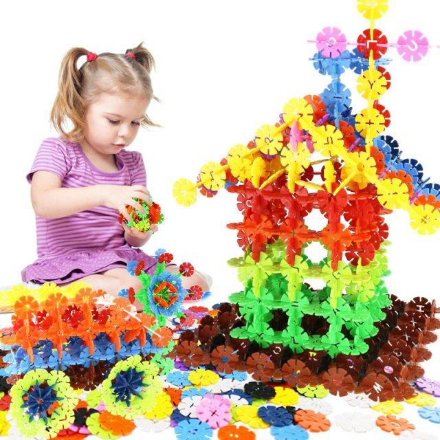Color Snowflake Building Blocks